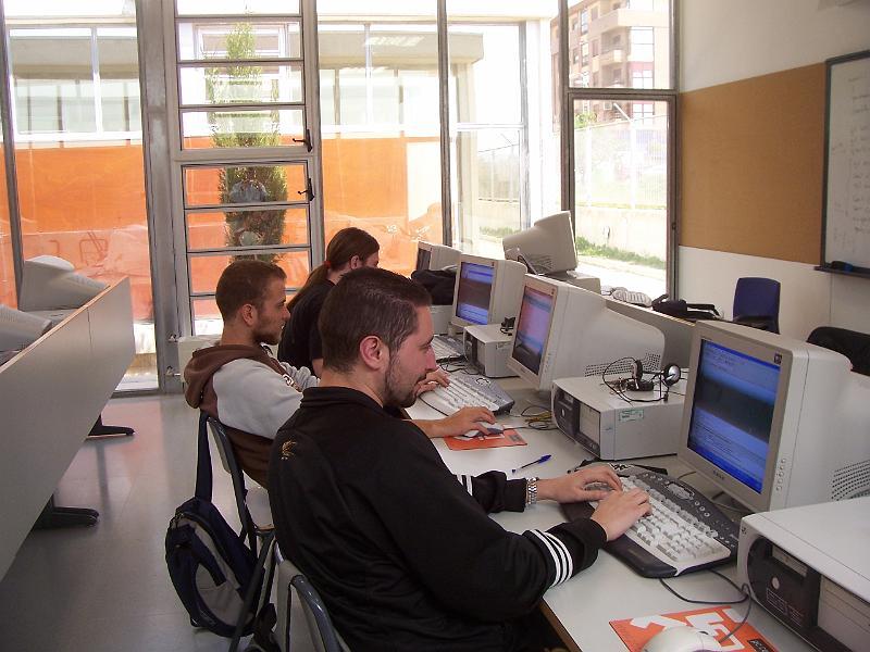 Photo of Solicitud de plaza para Ciclos Formativos de Informática y Bachillerato