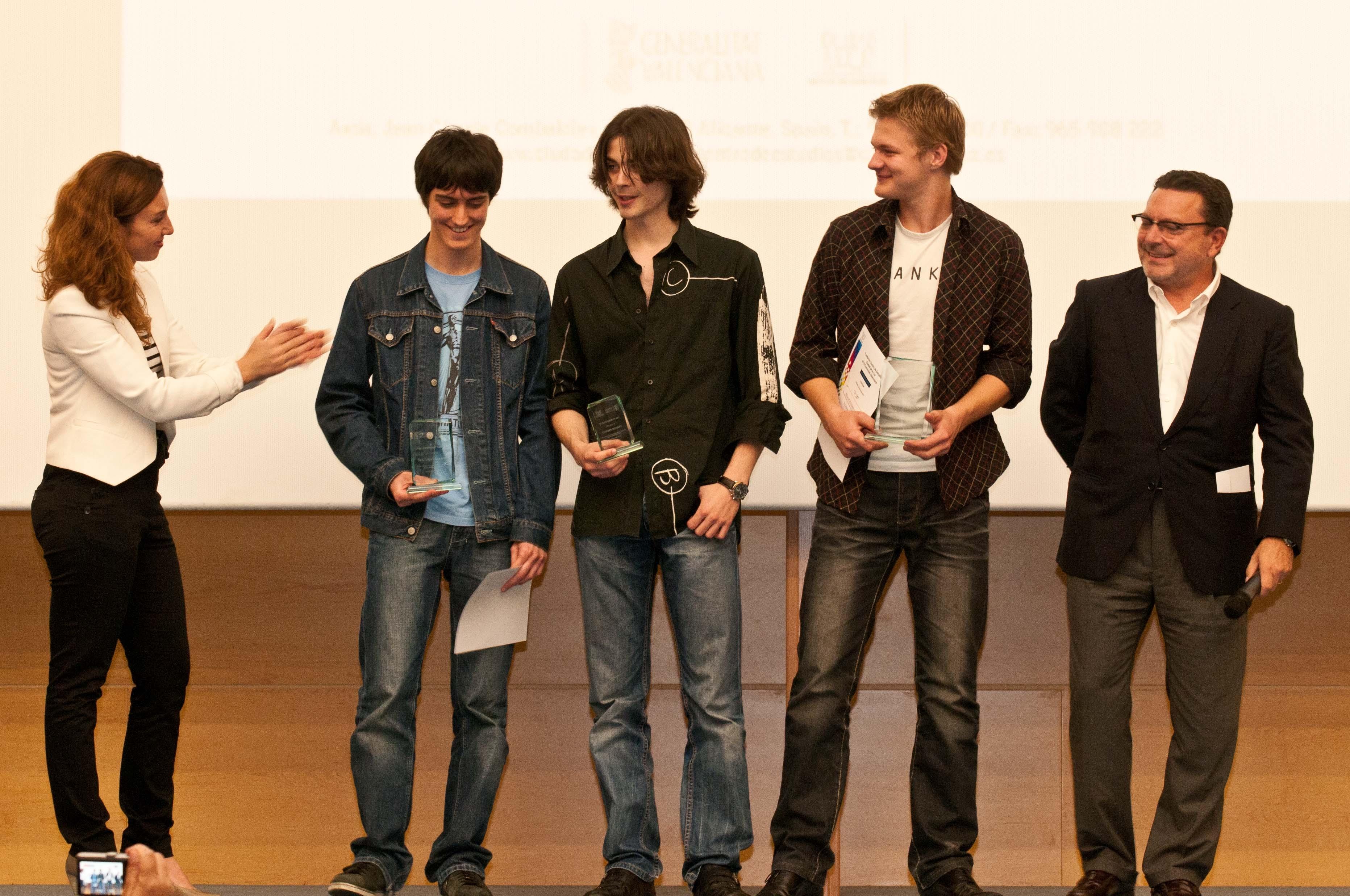 Photo of Joves del IES ganadores de la II edición del concurso 'Mi Primer Corto'