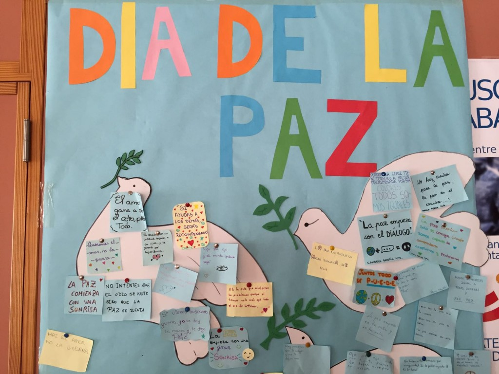 Photo of CELEBRACIÓN DEL DÍA DE LA PAZ EN EL IES POETA PACO MOLLÁ